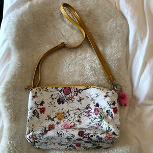 Cute floral purse w/removable clip on fuzzy bird